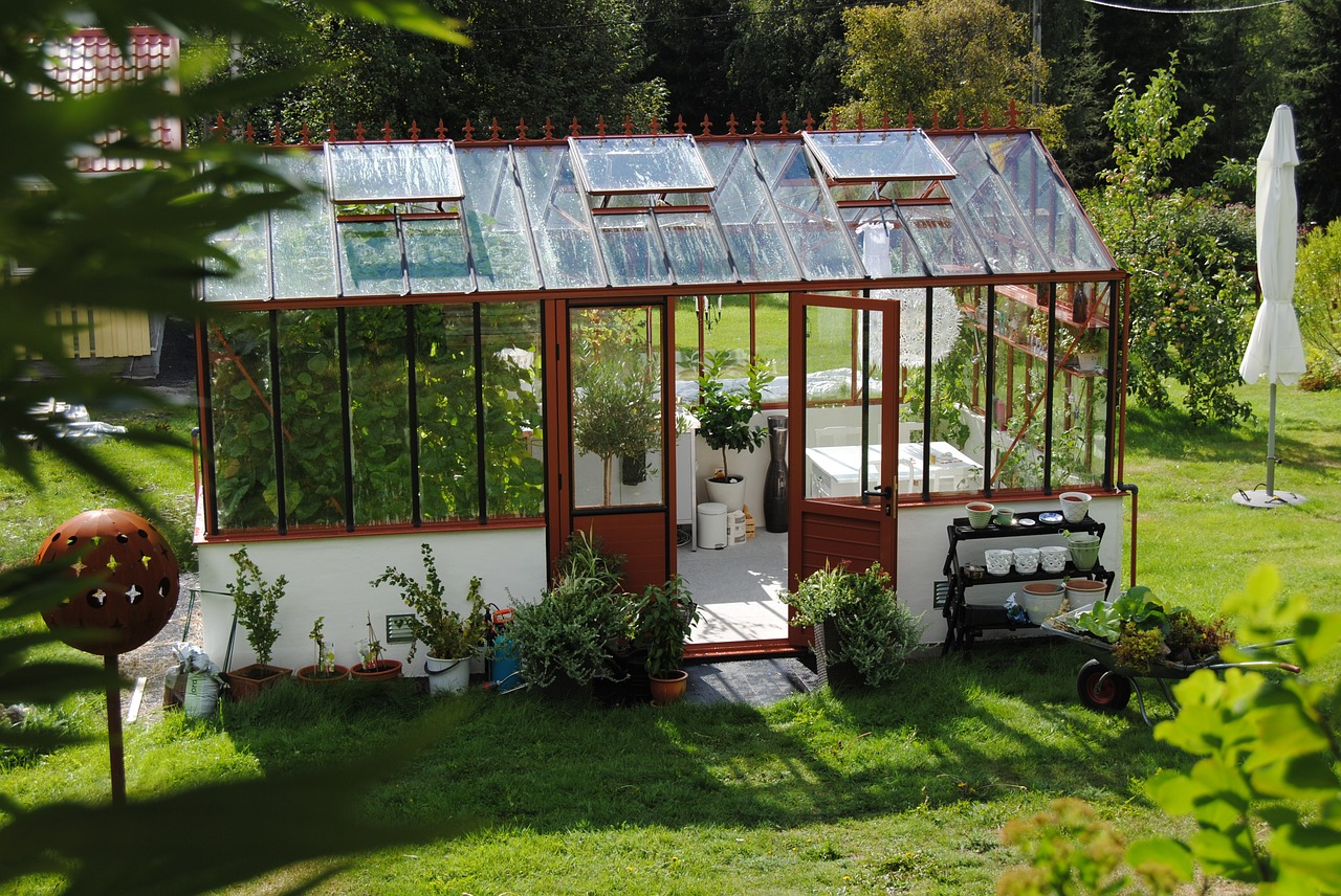 greenhouse kitchen window sm appliances 21 cheap and easy diy designs you can build yourself