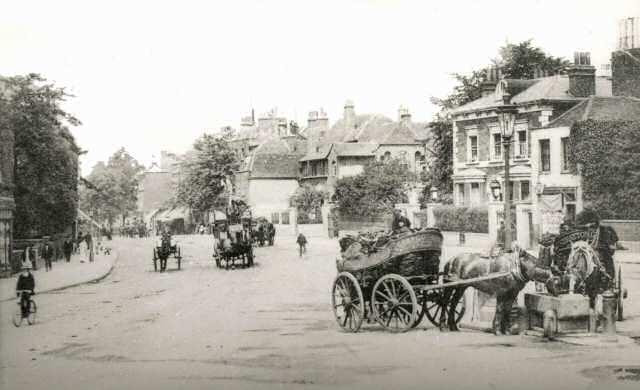 clapham common old town ile ilgili görsel sonucu