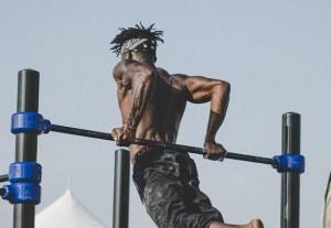 lean muscular build