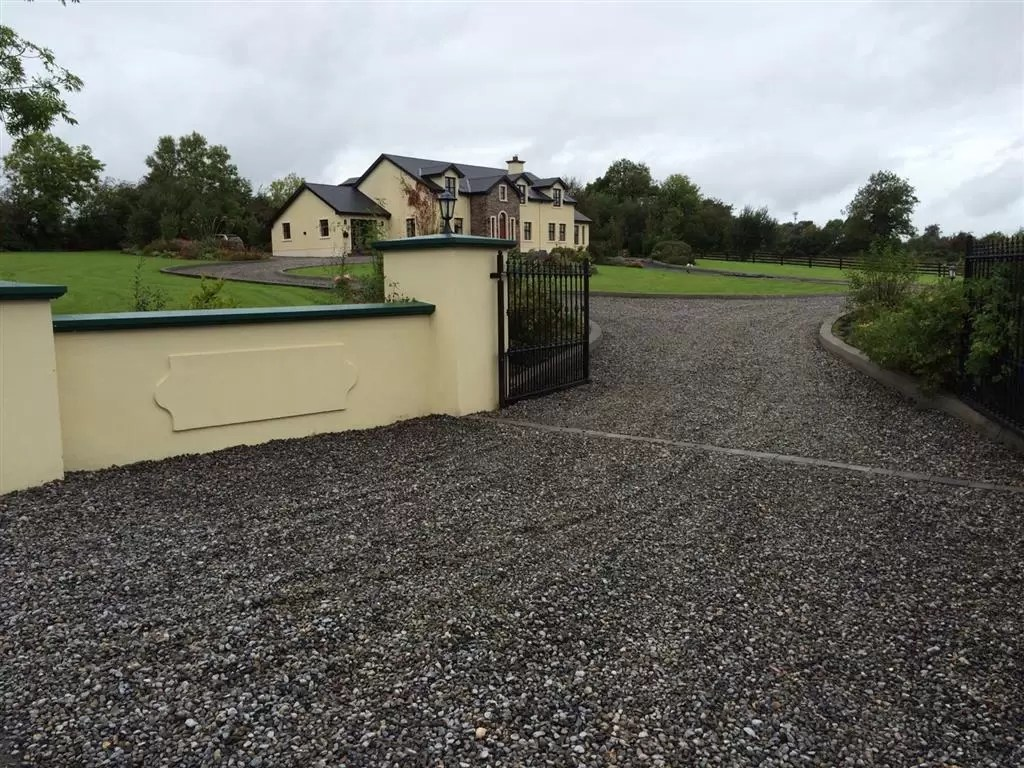 Gravel Driveways Cork Shingle And Gravel Driveway Contracors