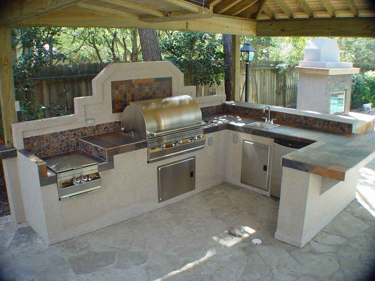 Things to consider when creating outdoor kitchens  Ideas