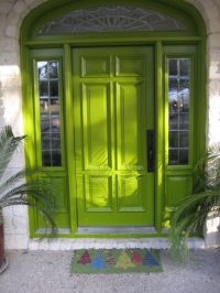 Inviting Door Color Ideas for Welcoming the Guests in ...