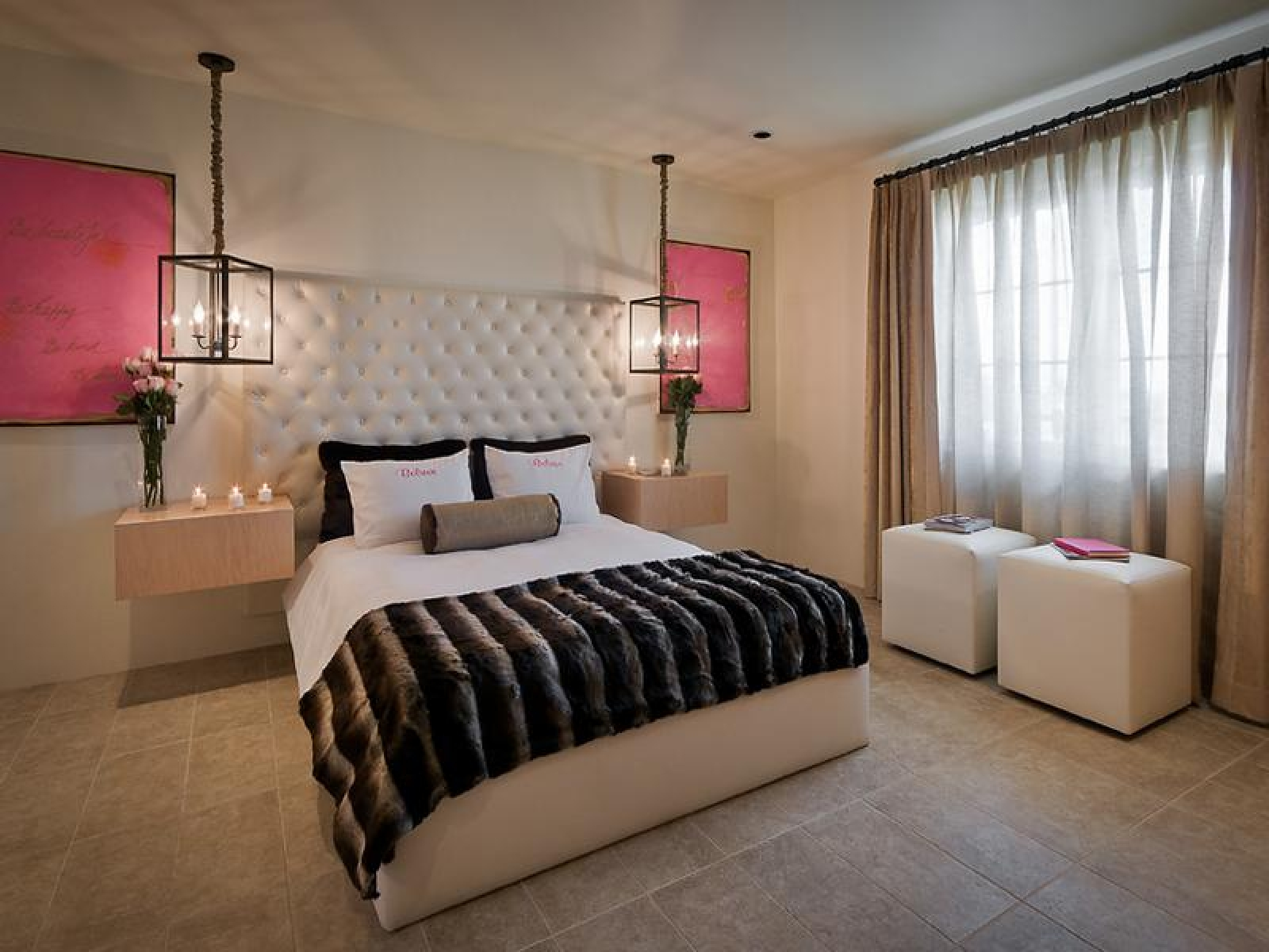 There's something about the emptiness or untidiness of an undecorated room that instantly strikes anxiety into the heart of a type a personality. Extraordinary Bedroom Ideas for Young Adults with Jazzy