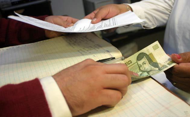Corrupción: f. Hecho o efecto de corromper o corromperse.