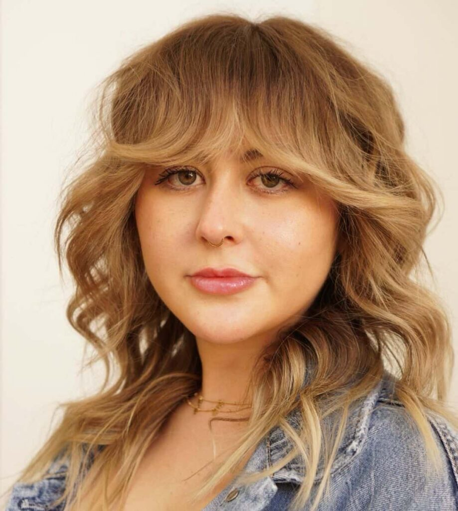 hairstyle with bangs