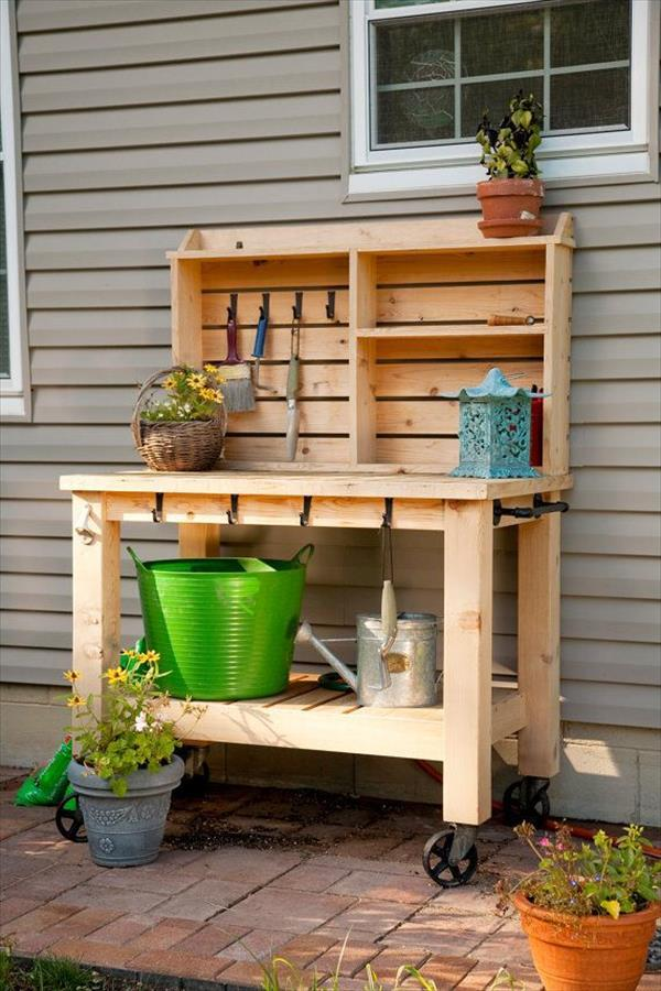 Diy Recycled Pallet Potting Tables Ideas With Pallets