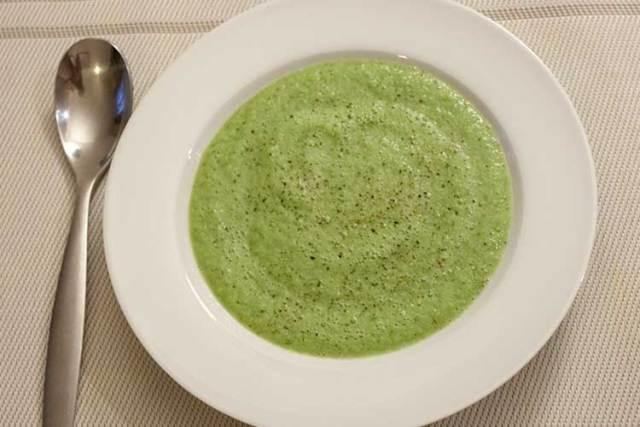 soupe froide de concombre et fenouil