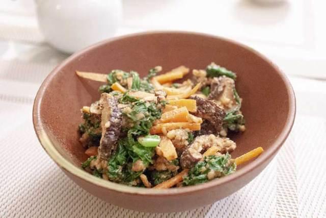 salade d'épinards japonaise aux noix
