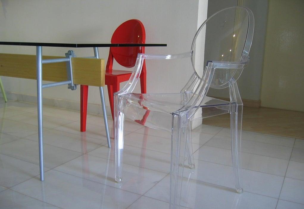 Nella vasta selezione di tavoli e sedie mondo convenienza troverai sempre offerte attive: Sedie Trasparenti Ideali Per La Casa Moderna Ma Occhio Al Materiale