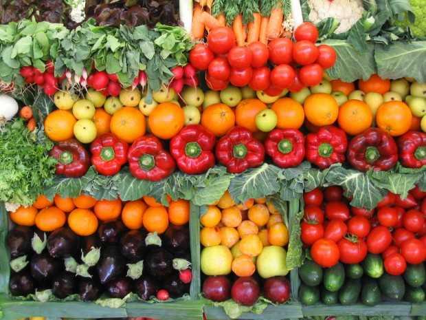 Risultati immagini per frutta e verdura fresca