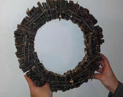 ghirlanda di legno riciclato
