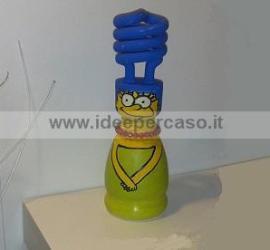 riciclo creativo barattolo plastica e lampadina ecco come abbiamo fatto il personaggio marge simpson