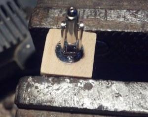 fissare clip metallo gemelli legno