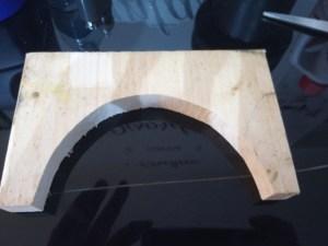 sagomare una tavola di legno