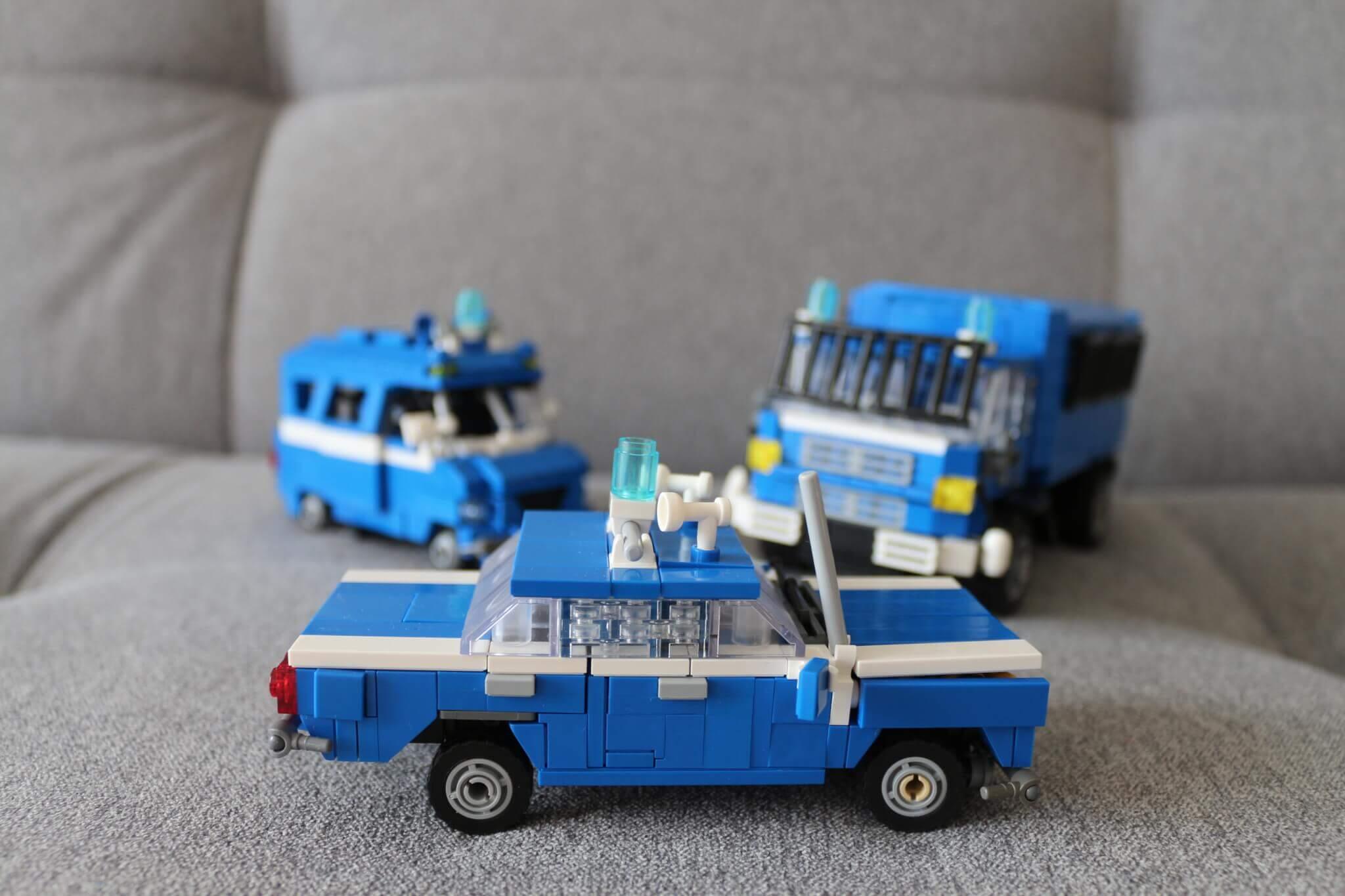 auta-milicyjne-Lego-Warszawa-samochody-z-klocków-lego.jpg