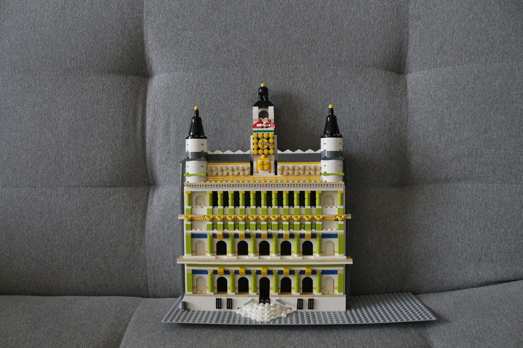 lego-castle-sets-custombricks-mockup-made-of-lego-blocks-on-request.jpg