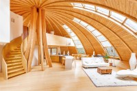 Eco-Friendly Rotating Dome Country Retreat | iDesignArch ...