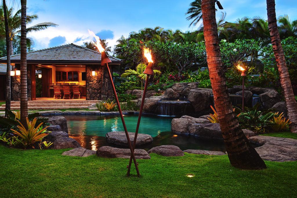WorldClass Kailua Beach Front Estate In Hawaii
