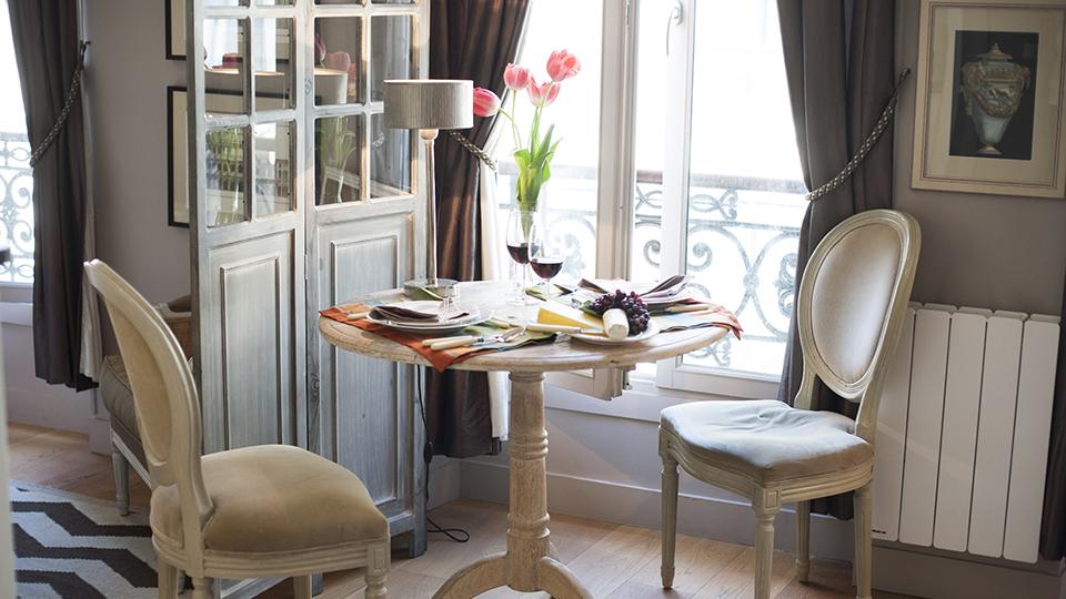 Tiny Studio Apartment With Stylish Parisian Decor IDesignArch Interior Design Architecture