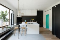 600 Square Foot Apartment Uses Glass Walls To Create Two ...