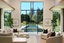 California Modern Living Room Design