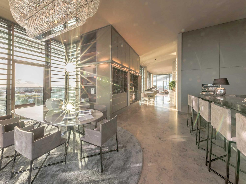 Berlin Riverside Penthouse Apartment With Panoramic Views