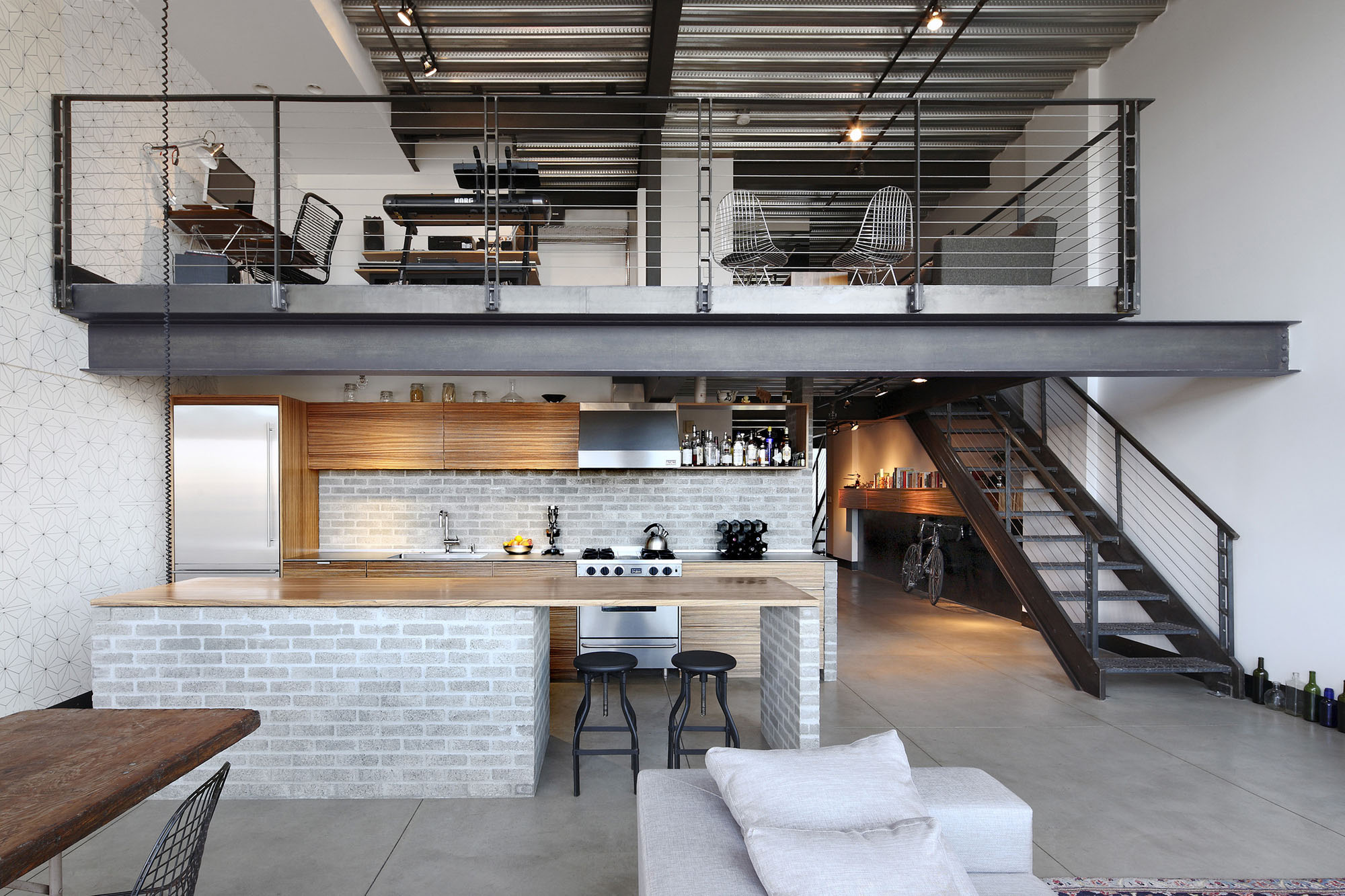 Custom LoftStyle Condo In Seattle With Stylish Industrial