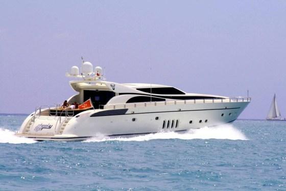 Cheeky-Tiger-Yacht
