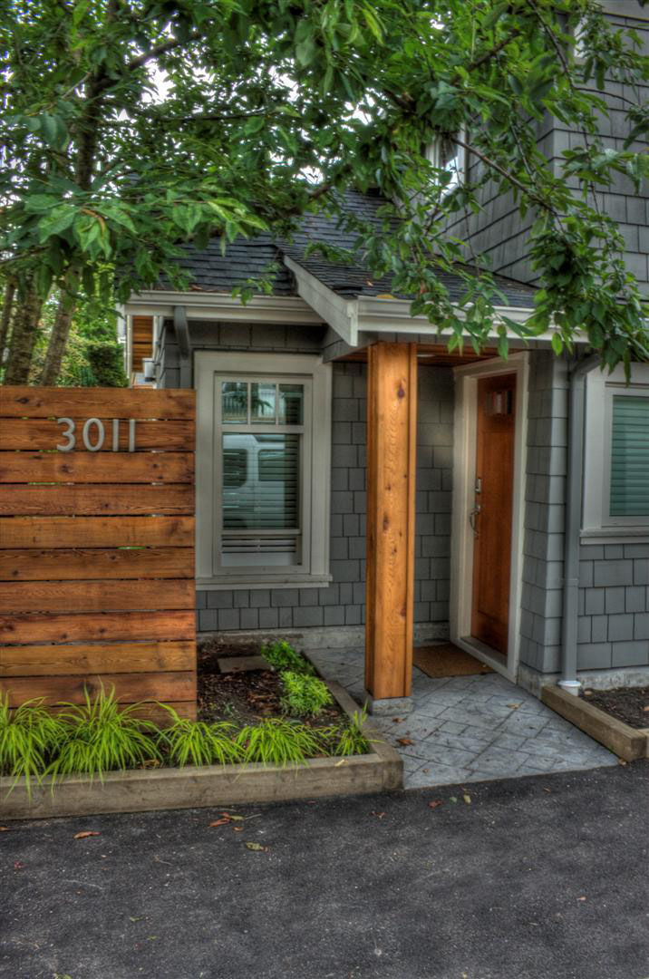 Coach House Offers Stylish Living In Small Space