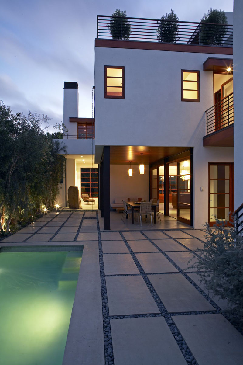in water pool chairs staples folding contemporary house venice beach | idesignarch interior design, architecture & ...