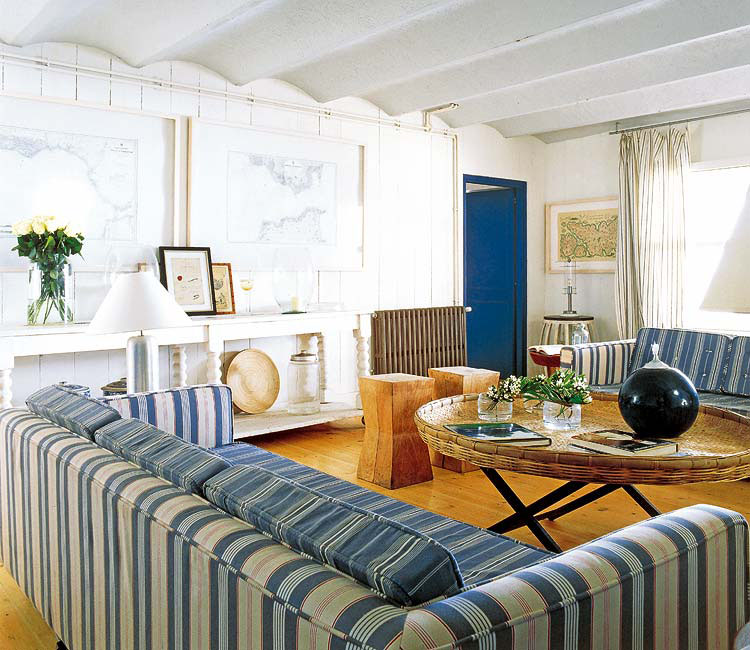 Beach House Decorating On A Budget
