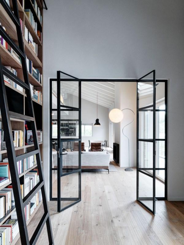 Double-height-loft-mezzanine-glass-staircase 10