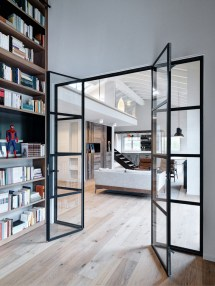 Double-height-loft-mezzanine-glass-staircase 11