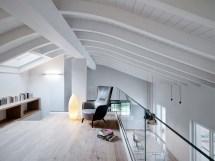 Double-height-loft-mezzanine-glass-staircase 14