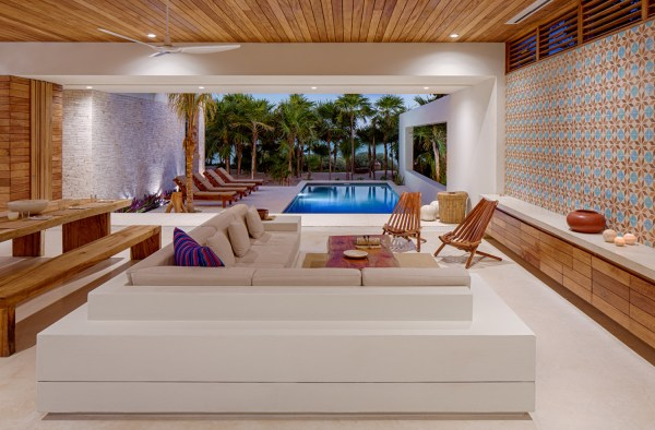 Ecoluxe Beachfront Mexican Villa With Solar Panel Covered