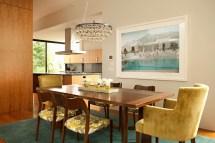 Modern Beach House Exudes Casual Sophistication