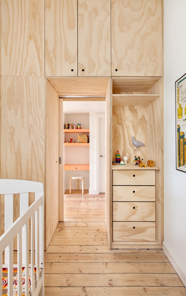 Small -city Apartment Plywood Enhance