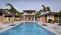 Florida Luxury Homes with Pool