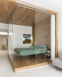Small Studio Apartment with Functional Custom Closet and ...