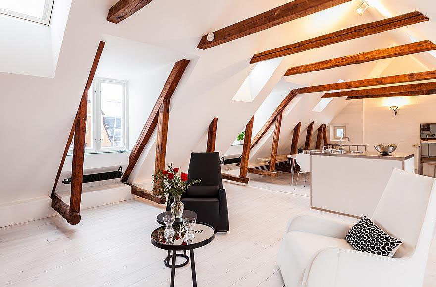 Modern Rooftop Duplex Apartment In A 17th Century Building