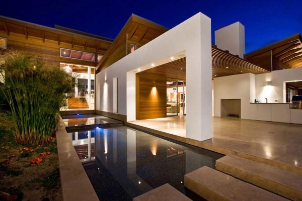 Timeless Architectural Estate In Rancho Santa Fe ...