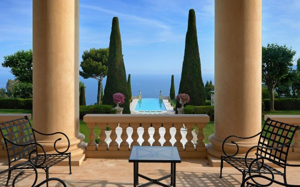 Legendary Mansion French Riviera With Neo-palladian