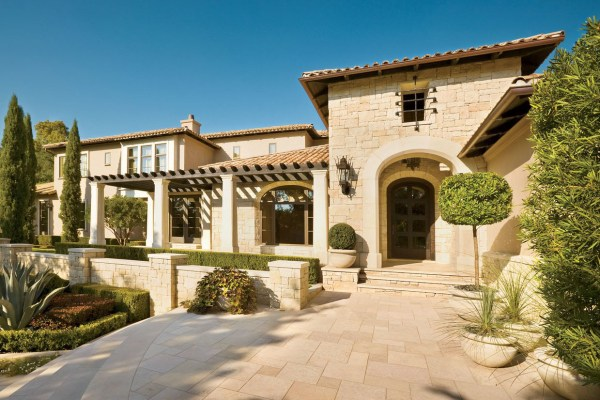 Spanish-colonial Style Luxury Mansion In Heart Of