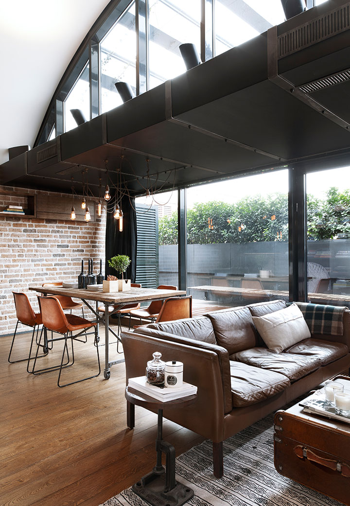 Custom Reconstructed Attic Loft Apartment With Hipster