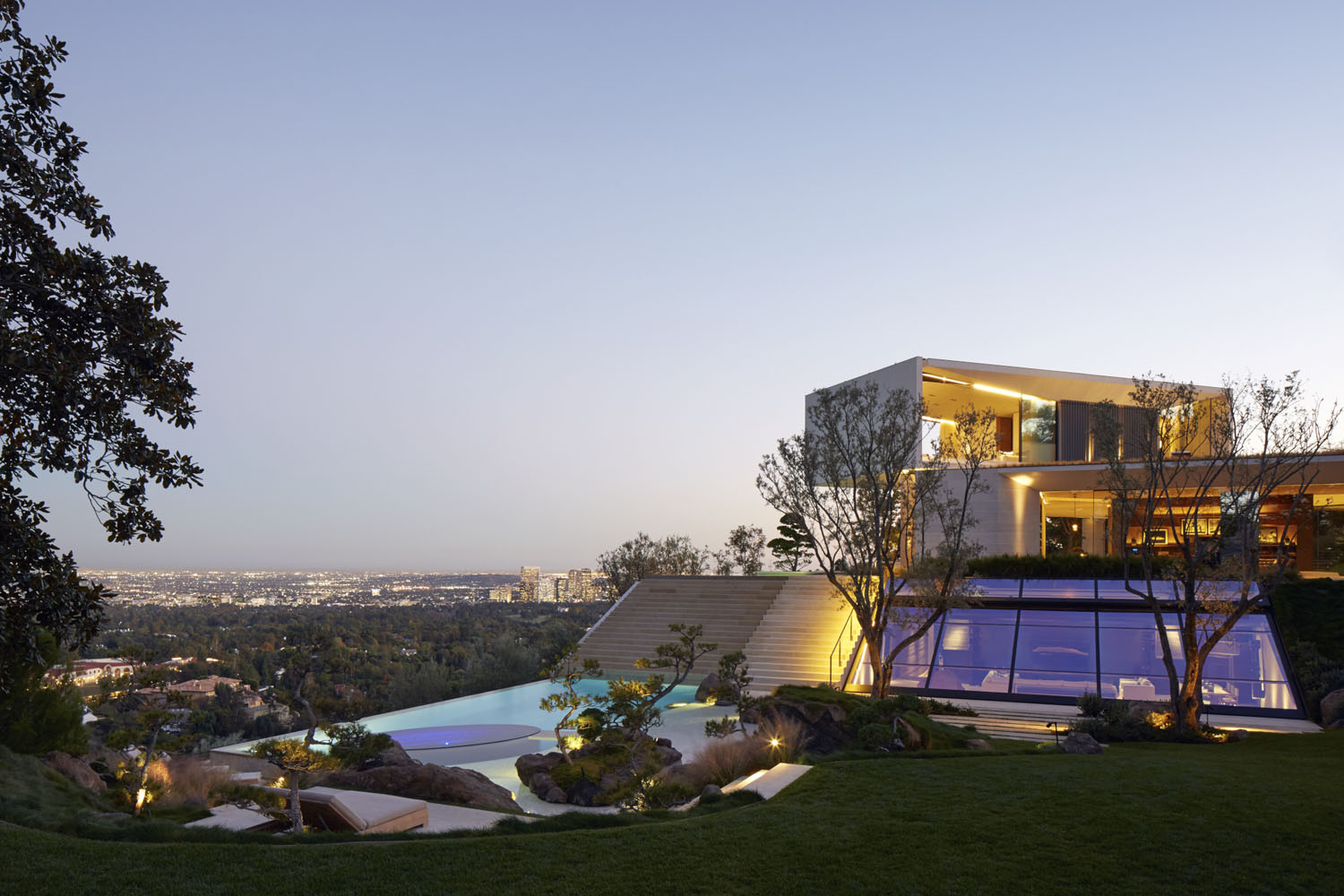 Los Angeles Hillside Villa Retreat With Daring Modern Architecture  iDesignArch  Interior