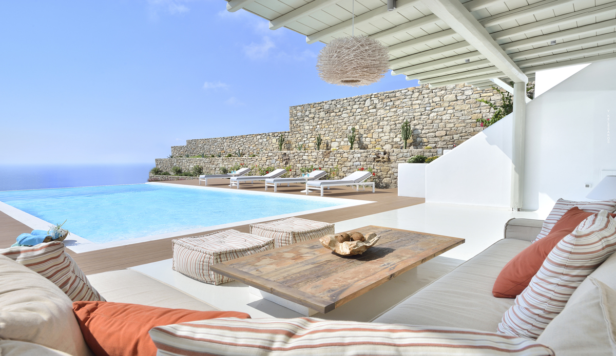 Luxury Mykonos Villa With Contemporary Mediterranean Decor