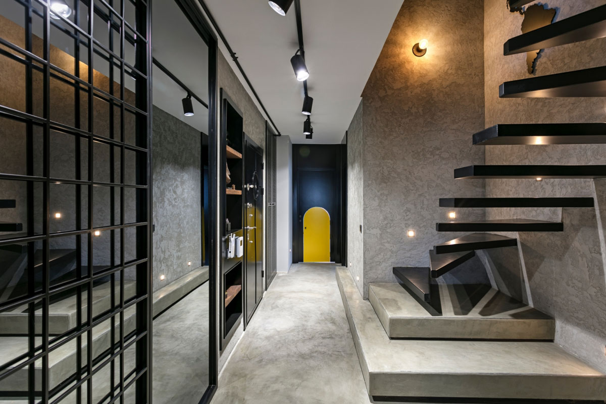 Cool Industrial Style Duplex Loft Mixes Colours And