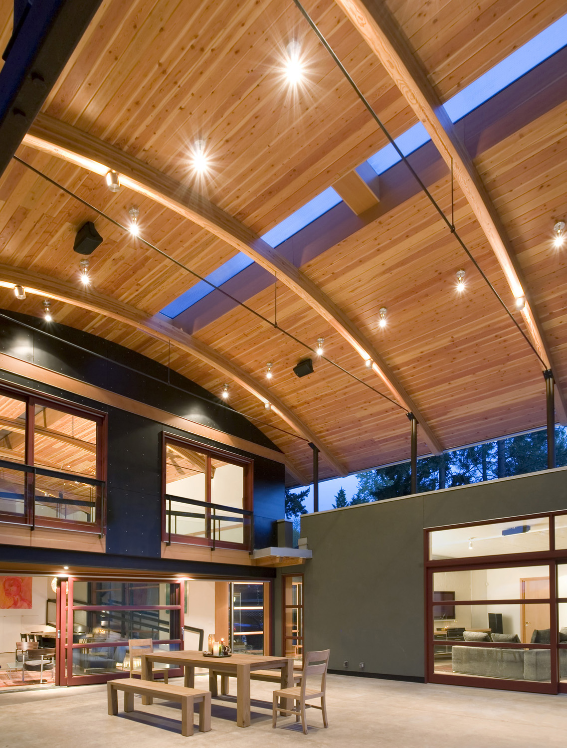 Modern Industrial Suburban House In Seattle With Curved
