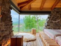 Mrizi-zanave-agroturiz-modern-stone-glass-house 2