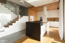 Poland-modern-home-interior-black-white-light-wood-color